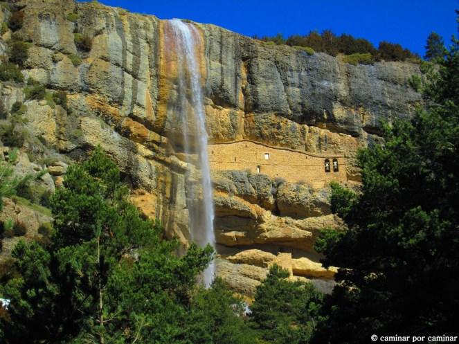 Cascada del Chorro y Ermitas de la Cueva y San Cornelio