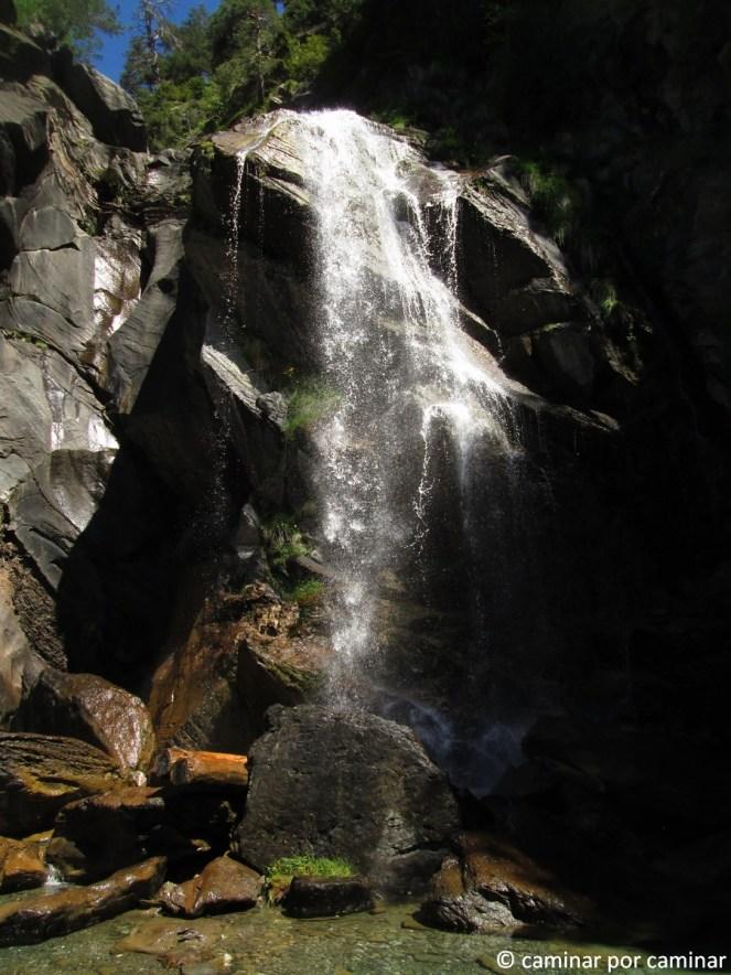 El Salto, aproximadamente a 1,5 km de Sallent