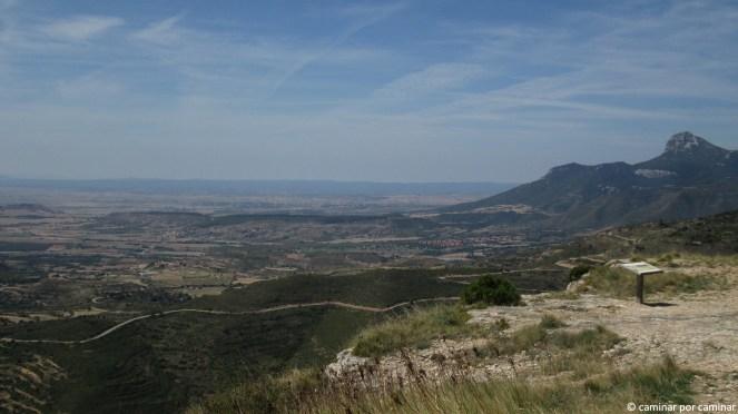Peña Gratal y poblaciones de Sabayés y Arascués