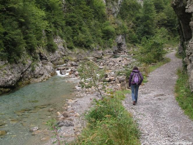 Inicio del sendero que atraviesa el Cañón de Añisclo
