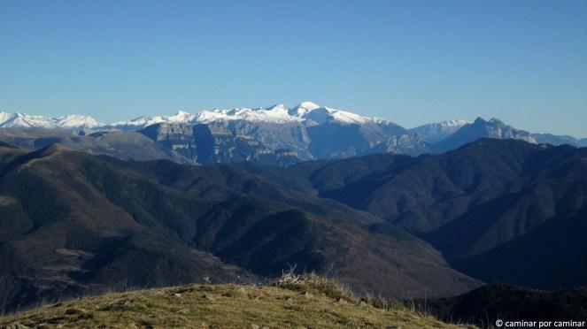 Panorámica de Cotiella, Sestrales y Peña Montañesa