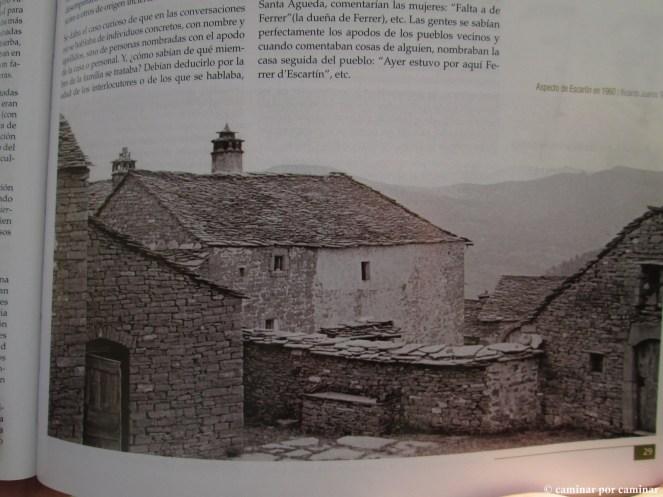 Aspecto de Casa O Royo y pajares y bordas anexas en 1960 (página 29, Guía de Sobrepuerto)