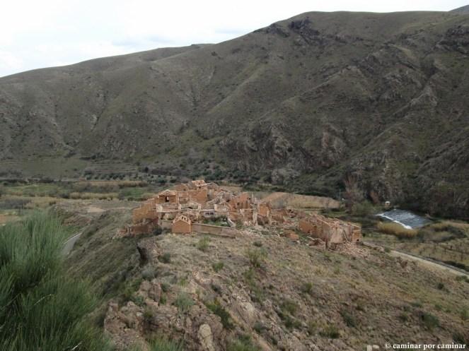 El aspecto abatido de Villanueva desde el castillo