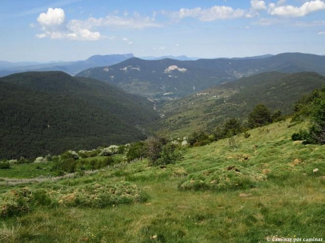La Val Menuta con Espierre y Barbenuta como pequeñas manchas de población