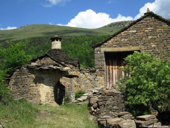 La inigualable chimenea de casa Sanromán, otro símbolo de Otal