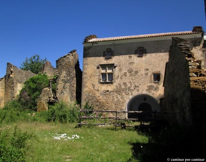 La preciosa casa Ramón y los restos de casa Juan Domingo, cuyas puertas cerraron en 1936