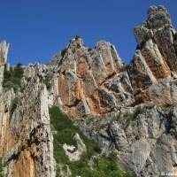 La Osqueta, muralla y frontera