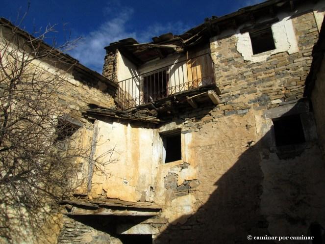 La prestancia del patio de casa Buisán, bello pese al daño