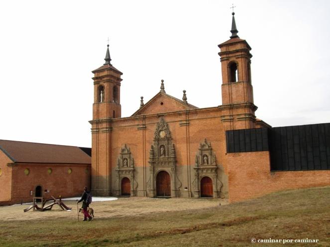 Portada del monasterio nuevo
