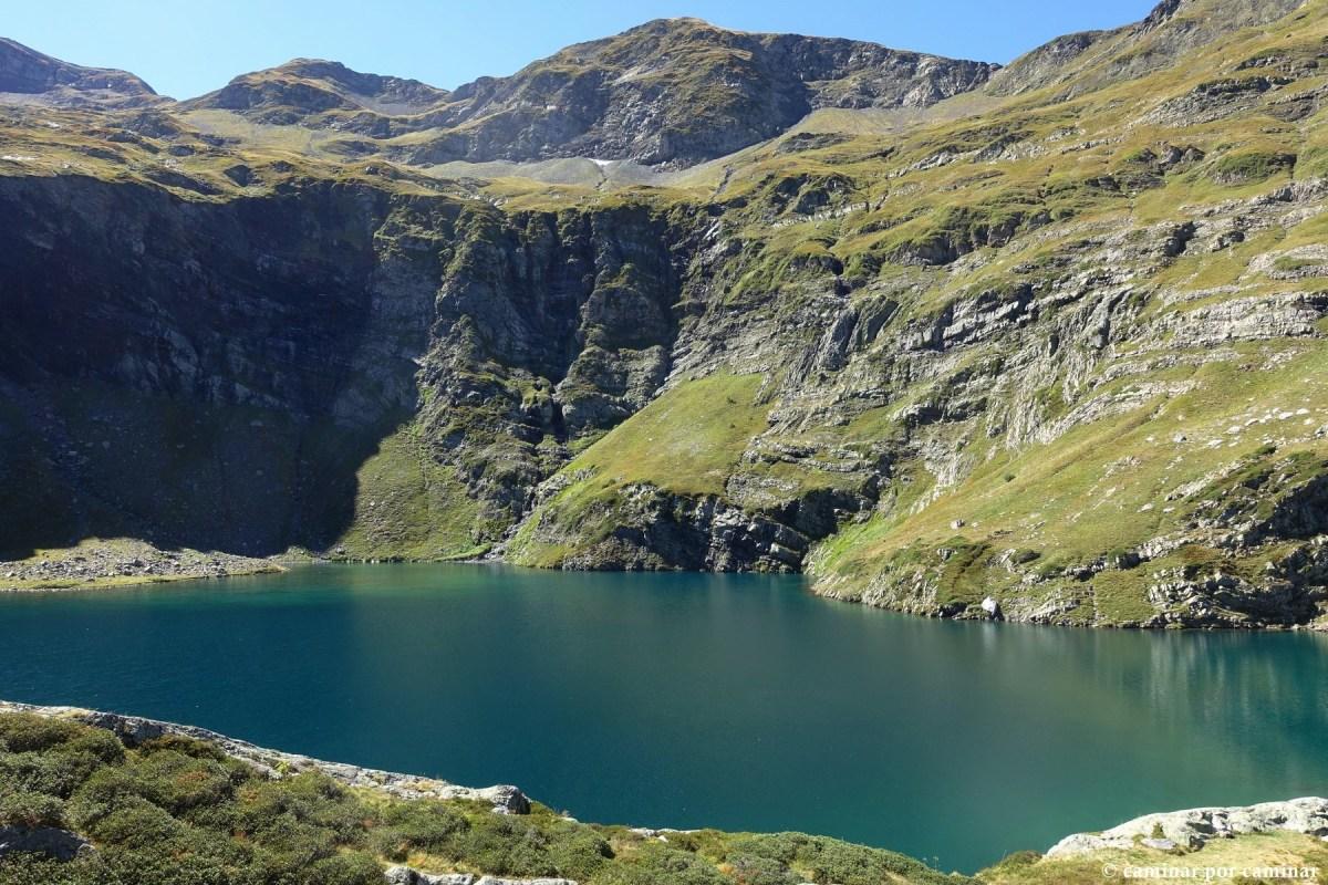 Isabe, el lago entre montañas